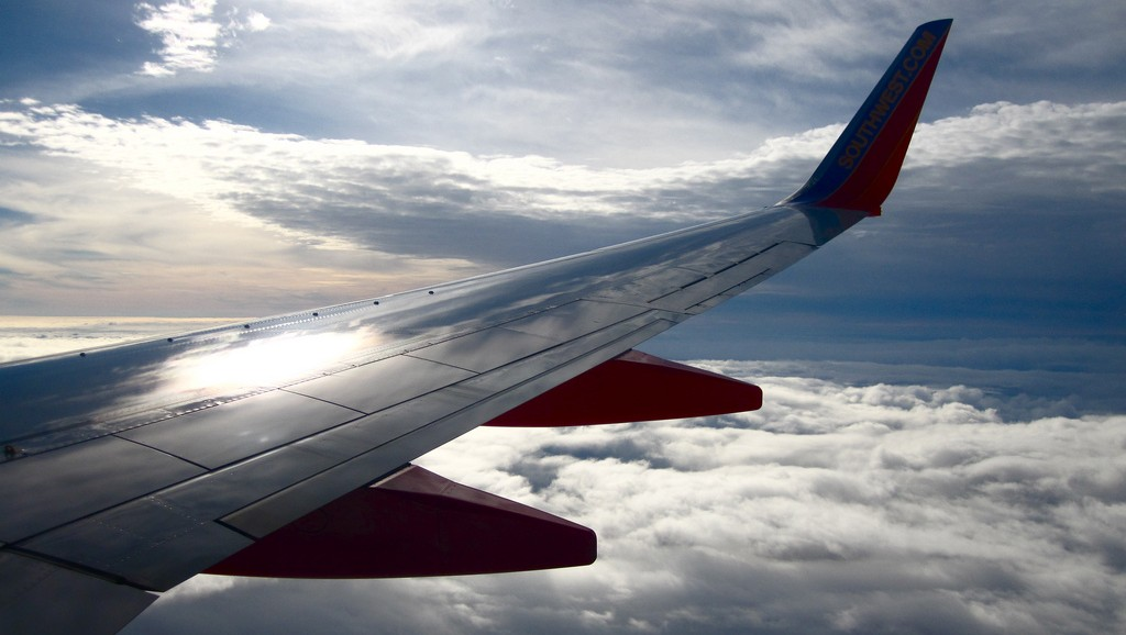Airline Cost contest - Legacy vs. Low-Cost